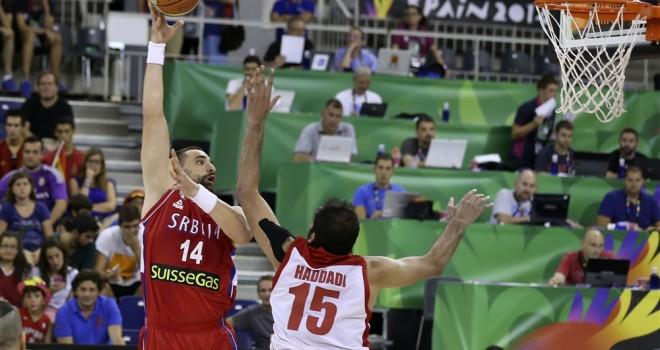 En esta foto se ve, perfectamente, el portátil de vuestrobasket.com, en Granada, en el Mundial, en Spain2014, junto al portátil de EFE