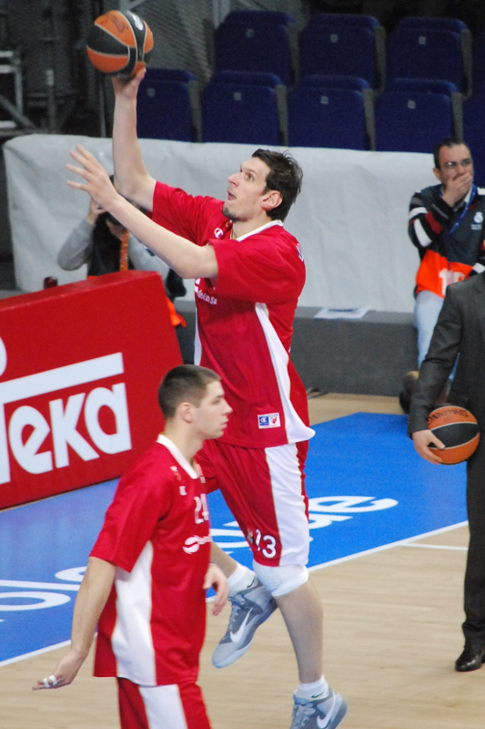 (13) Boban Marjanović Foto: Tico (Javier) Gonzalo Micó (@TKvuestrobasket, devuestrobasket.com)