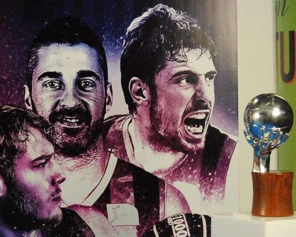 En esta foto podemos ver un detalle del Photo Call habilitado para la Presentación del Playoff Final ACB 2015, Ayer, en el Palacio de los Deportes de la Comunidad Autónoma de Madrid, en Goya