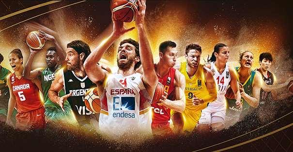 En esta imagen, de FIBA World (Mundo) podemos ver a Pau Gasol en el centro de diversos Jugadores y Jugadoras de distintas Selecciones de los cinco continentes: europeas, americanas, asiáticas, africanas y oceánicas (Europa, América, Asia, África y Oceanía)