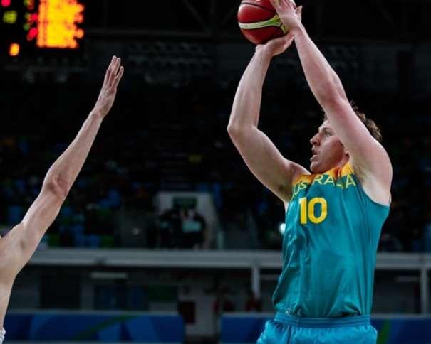 (10) Cameron Bairstow, Máximo Anotador de Australia ante China, con 17 Puntos  Foto: fiba.com