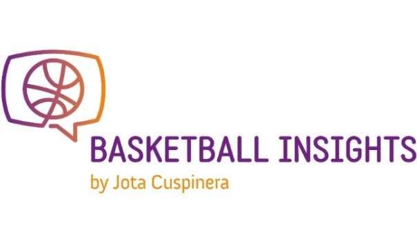 En esta foto podemos ver el Logo del Curso Basketball Insights by Jota Cuspinera que consta de un balón dentro de un bocadillo de conversación a modo te tablero de Canasta de Baloncesto