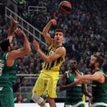 2 a 0 para el CSKA, 0 a 2 para el Fenerbahçe (@EuroLeague Playoffs, MVP)