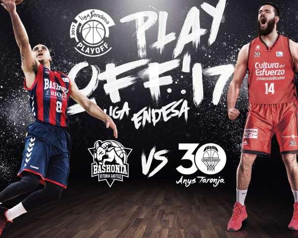 En esta imagen, facilitada por la Liga ACB de Baloncesto, podemos ver al Base del Baskonia, (0) Shane Larkin, y al Interior del València, (14) Boian Dubllevitch