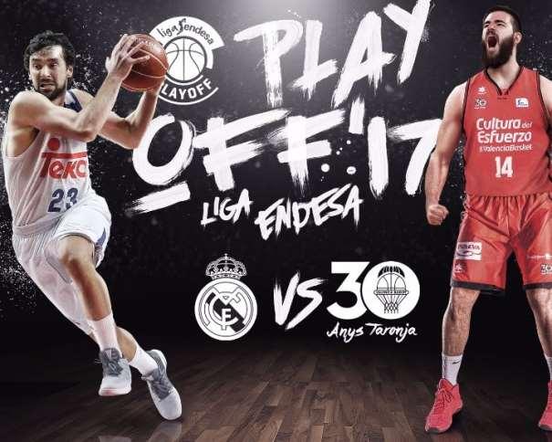 En esta imagen, facilitada por la Liga ACB de Baloncesto, podemos ver al Jugador Exterior del Madrid, Sergio Llull, y al Interior del València, Boian Dubllevitch