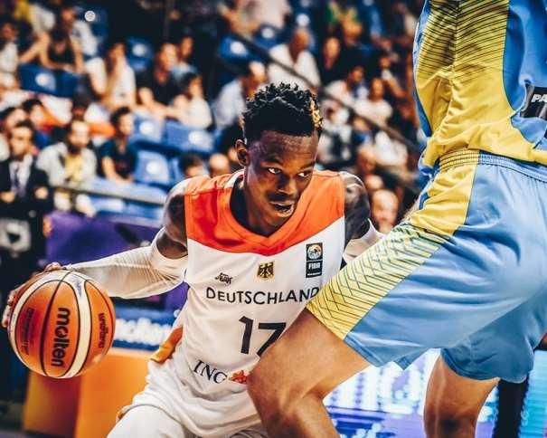 En esta foto, facilitada por FIBA, Federación Internacional de Baloncesto, podemos ver al MVP de la Primera Jornada del EuroBasket 2017, al Base alemán Dennis Schröder, que consiguió una Valoración de 32