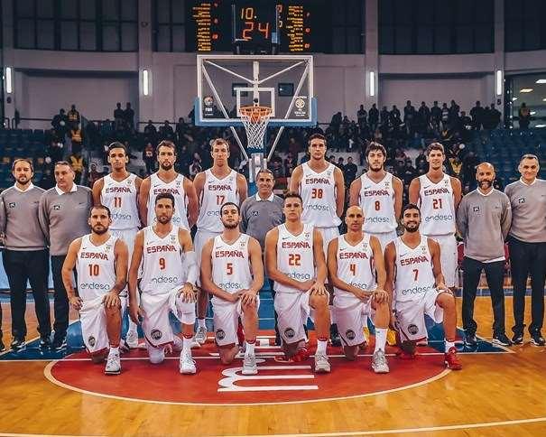 """""""Los 12 de Podgorica"""" Foto: FIBA"""