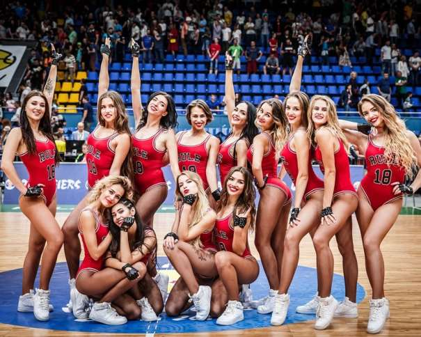 Red Foxes cheerleaders fiba.basketball