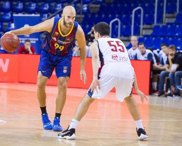 fcbarcelona.es/es/baloncesto/primer-equipo/noticias/1809397/barca--baxi-manresa-camino-a-la-final-de-la-lliga-catalana-92-82